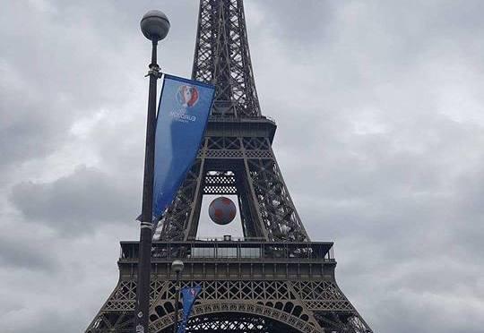 Eiffel Tower, Paris France 2016